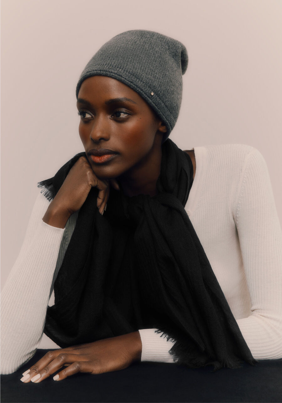 Model wearing Cuyana Cashmere Beanie and Lightweight Cashmere Scarf