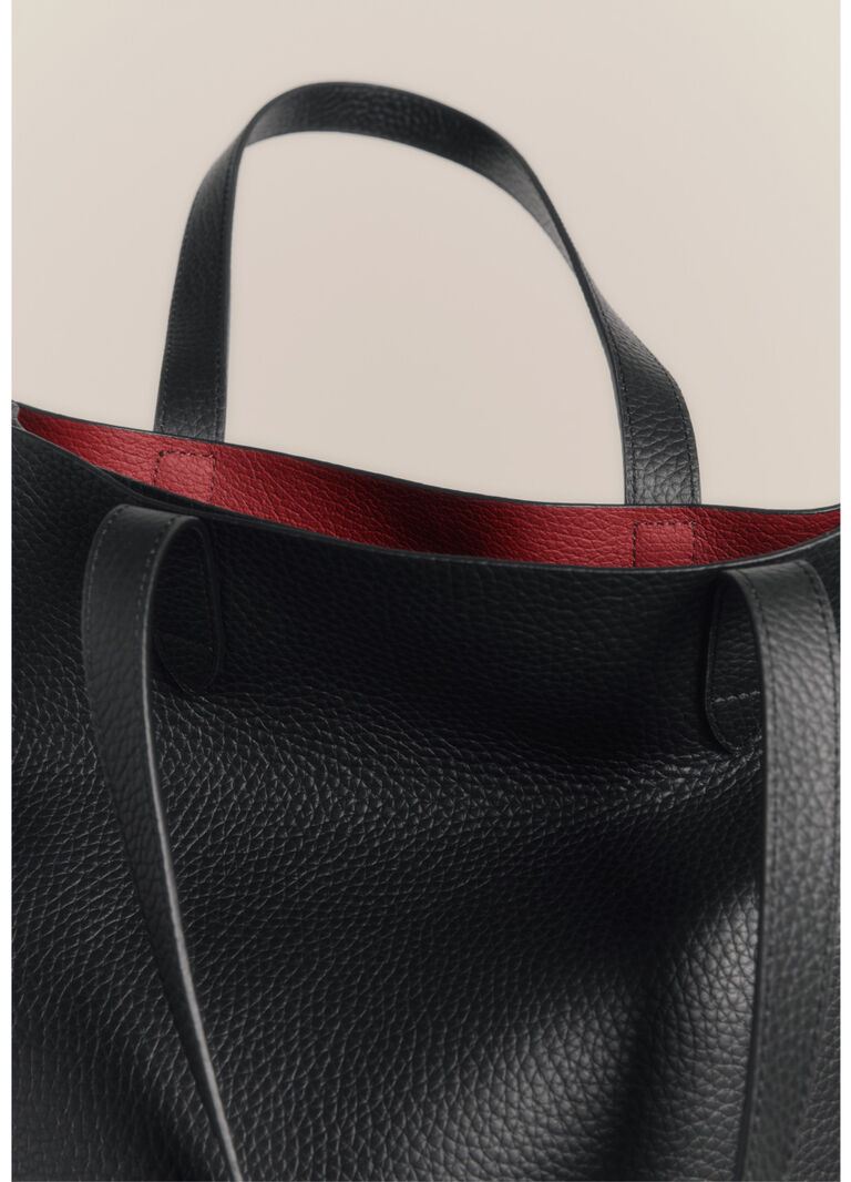 Tall Structured Tote Detail