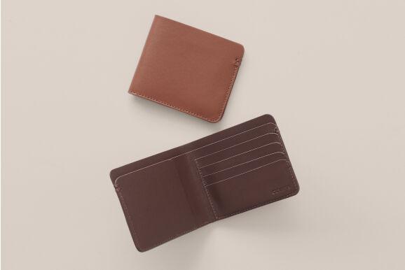 Cuyana Men's Leather Folding Wallet