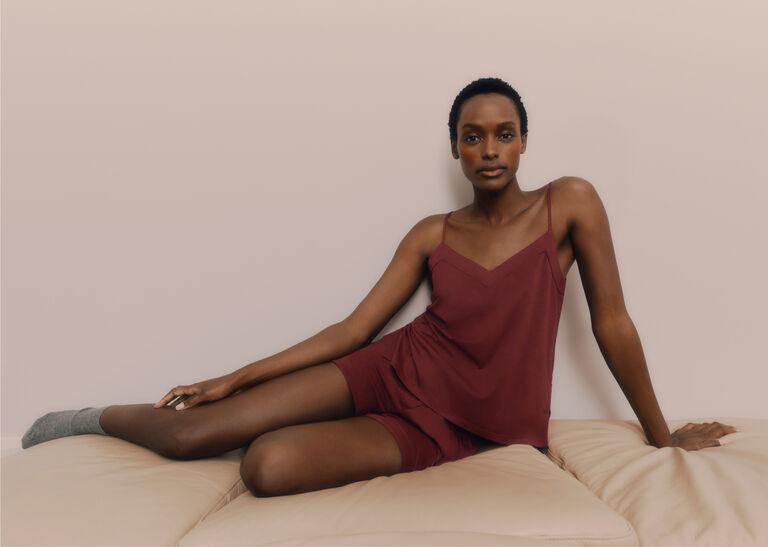 Model in Pima Cami Sleep Set