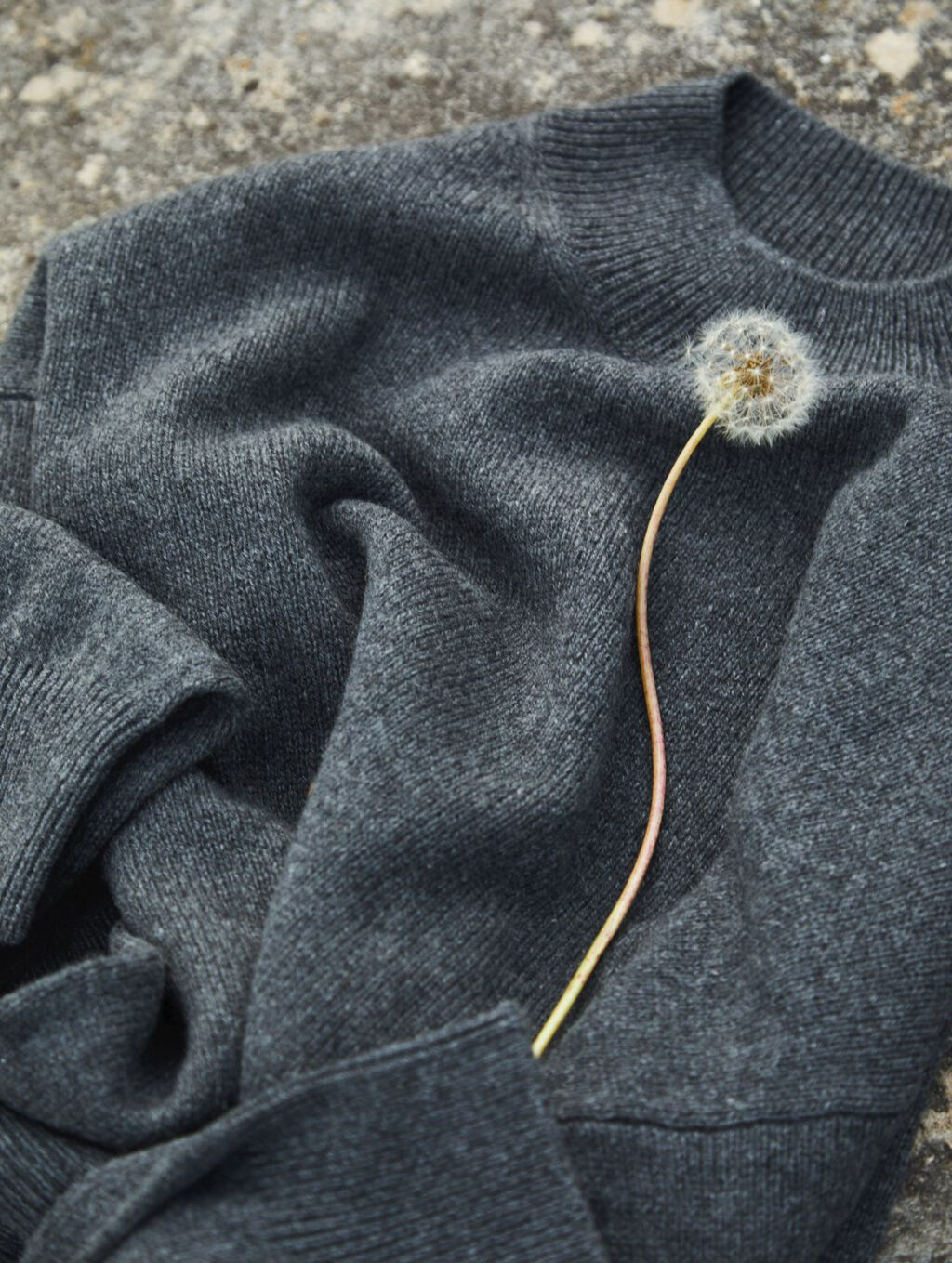 Recycled Cashmere Mockneck Sweater
