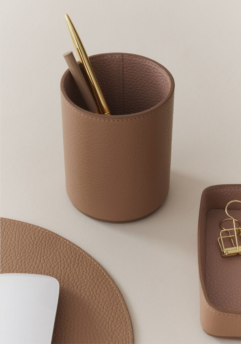 Leather Organizer Cup in Cappuccino