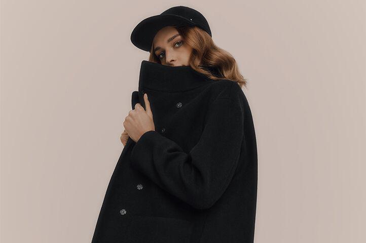 Model wearing Cuyana Wool Jacket