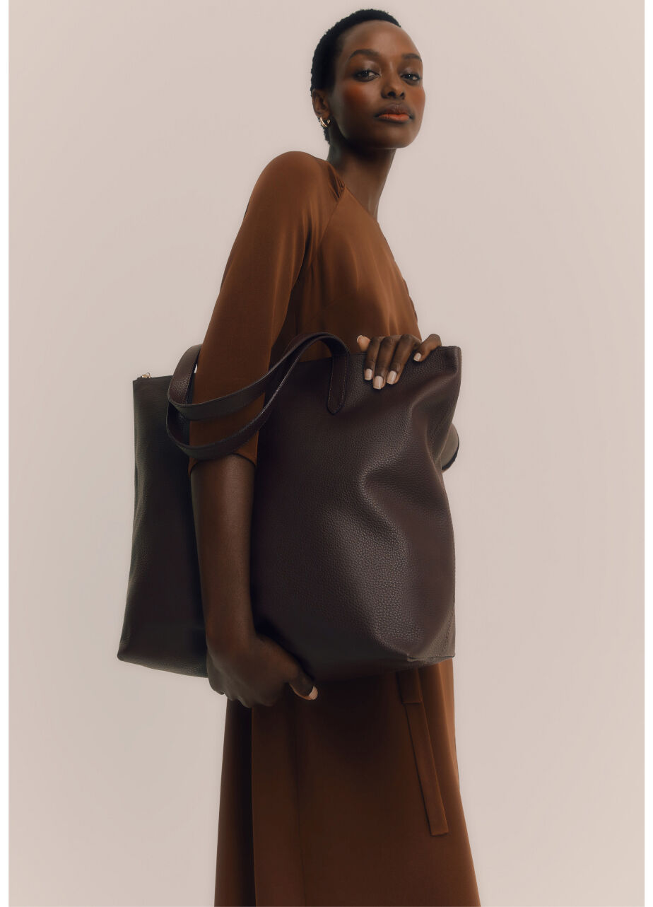 Model wearing Classic Leather Zipper Tote