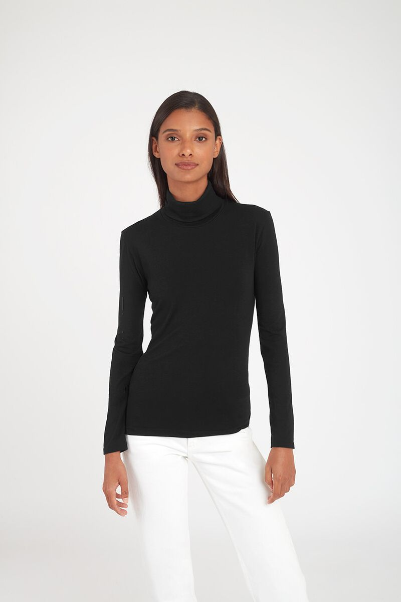 Slim Turtleneck Long Sleeve Tee in Black