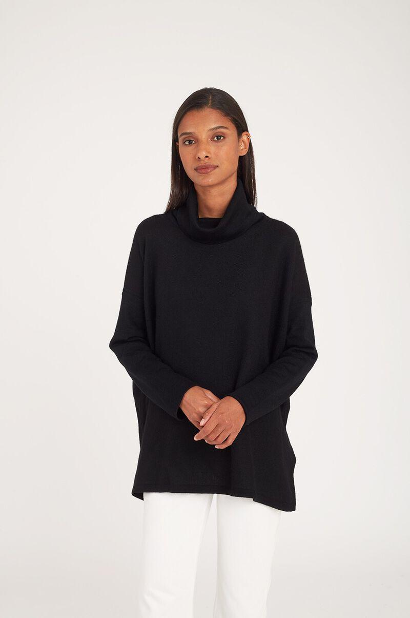 Baby Alpaca Oversized Turtleneck Sweater in Black