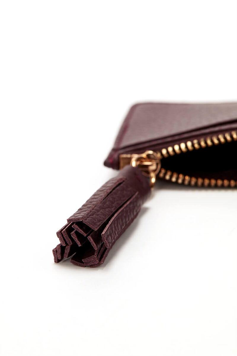 Leather Zipper Cardholder in Burgundy