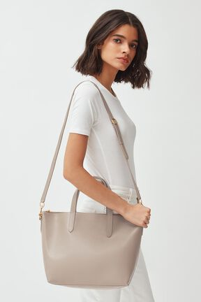 Medium Carryall Tote
