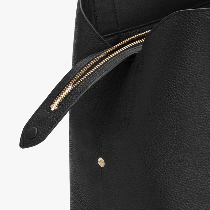 Zippered Satchel in Black