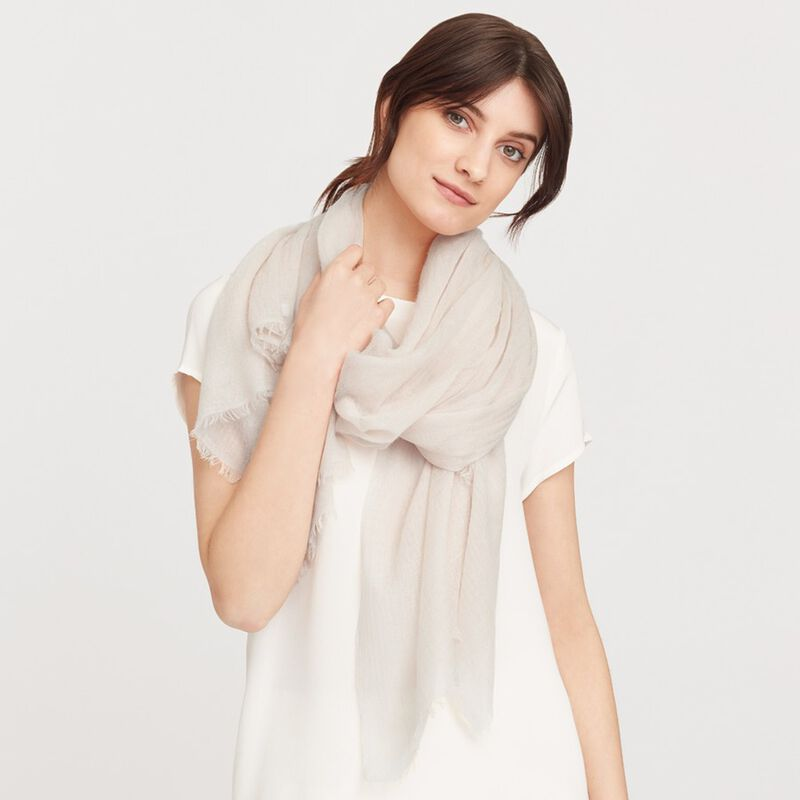 Lightweight Cashmere Scarf in Nude