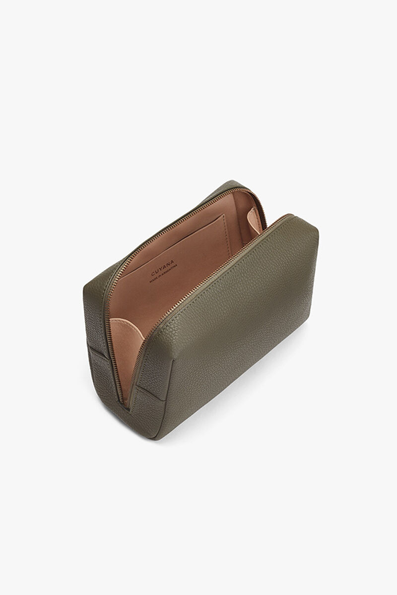 Men's Toiletry Case in Dark Olive