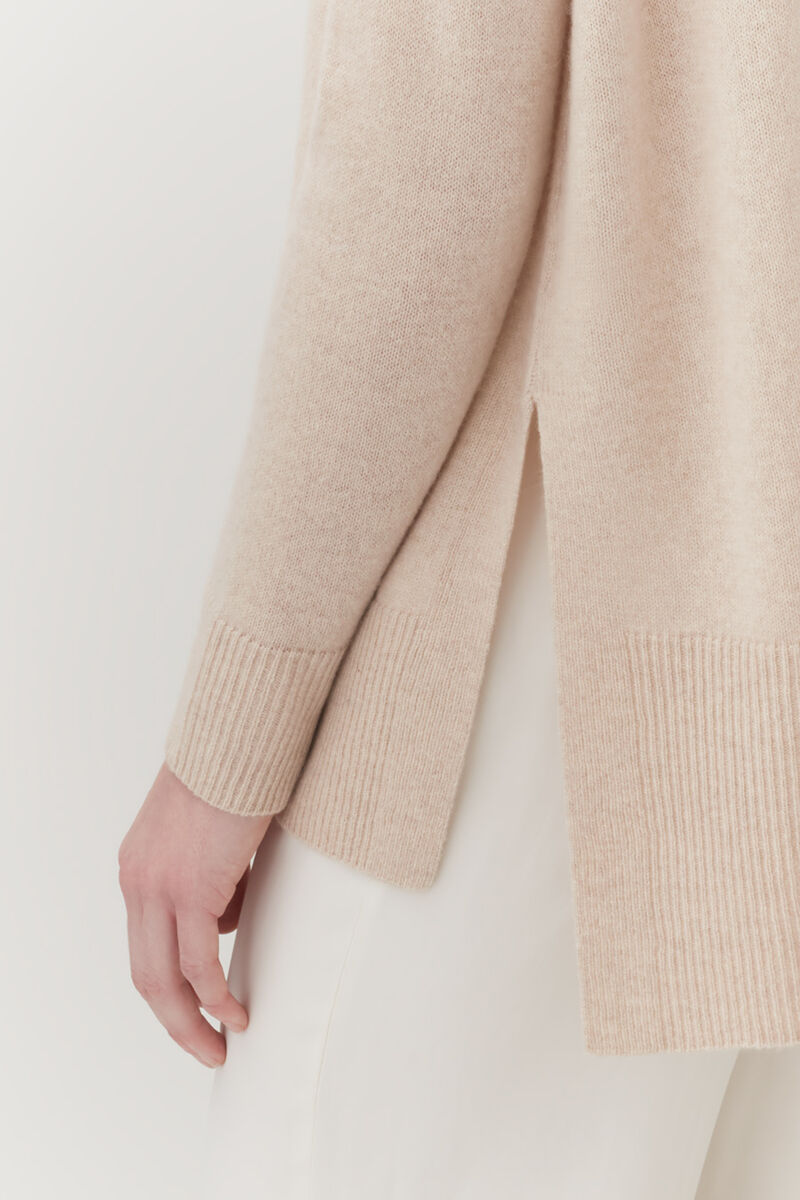 Single-Origin Cashmere Funnel Neck Sweater in Beige