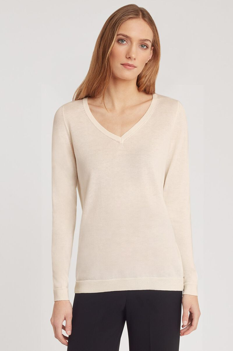 Classic Cotton Cashmere V-Neck Sweater in Sand