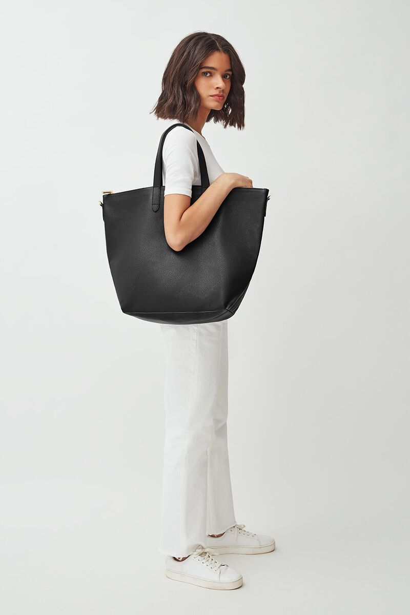 Oversized Carryall Tote in Black