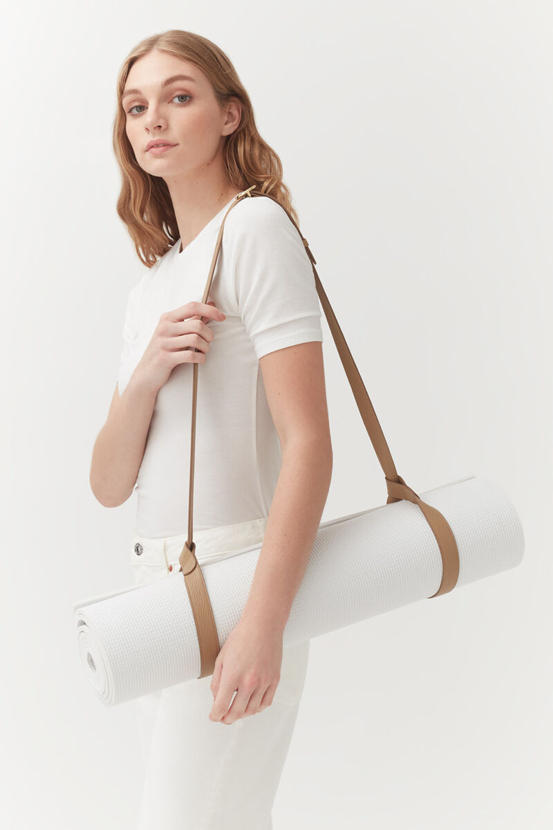 Leather Yoga Mat Strap in Cappuccino