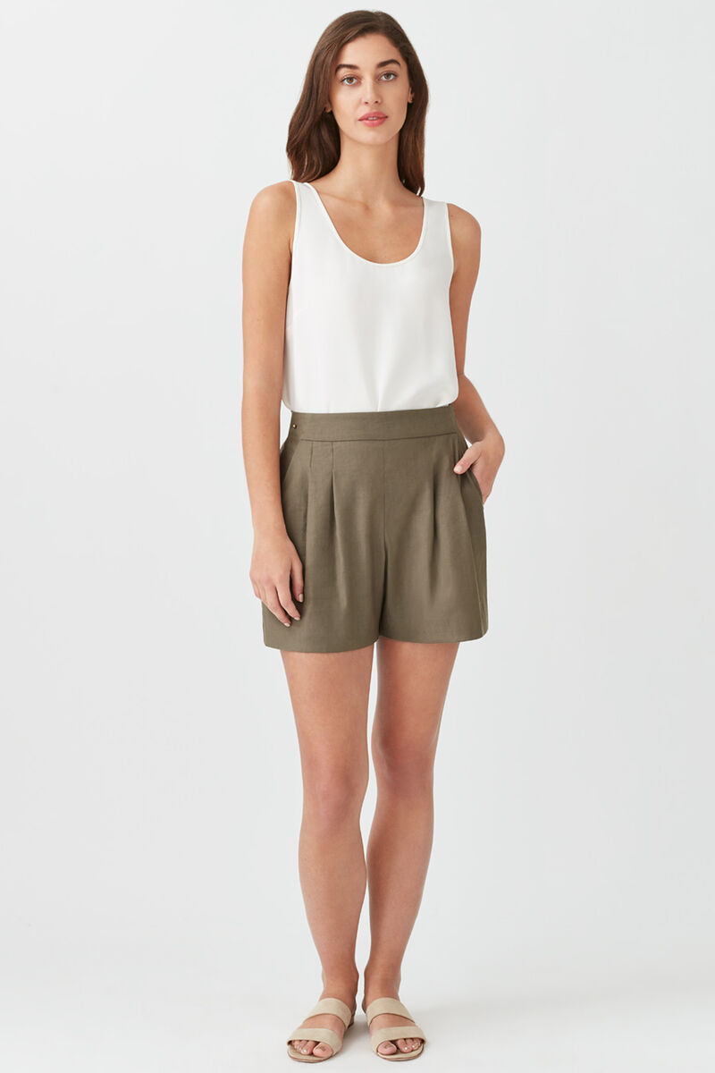 Linen Pleated Front Shorts in Olive