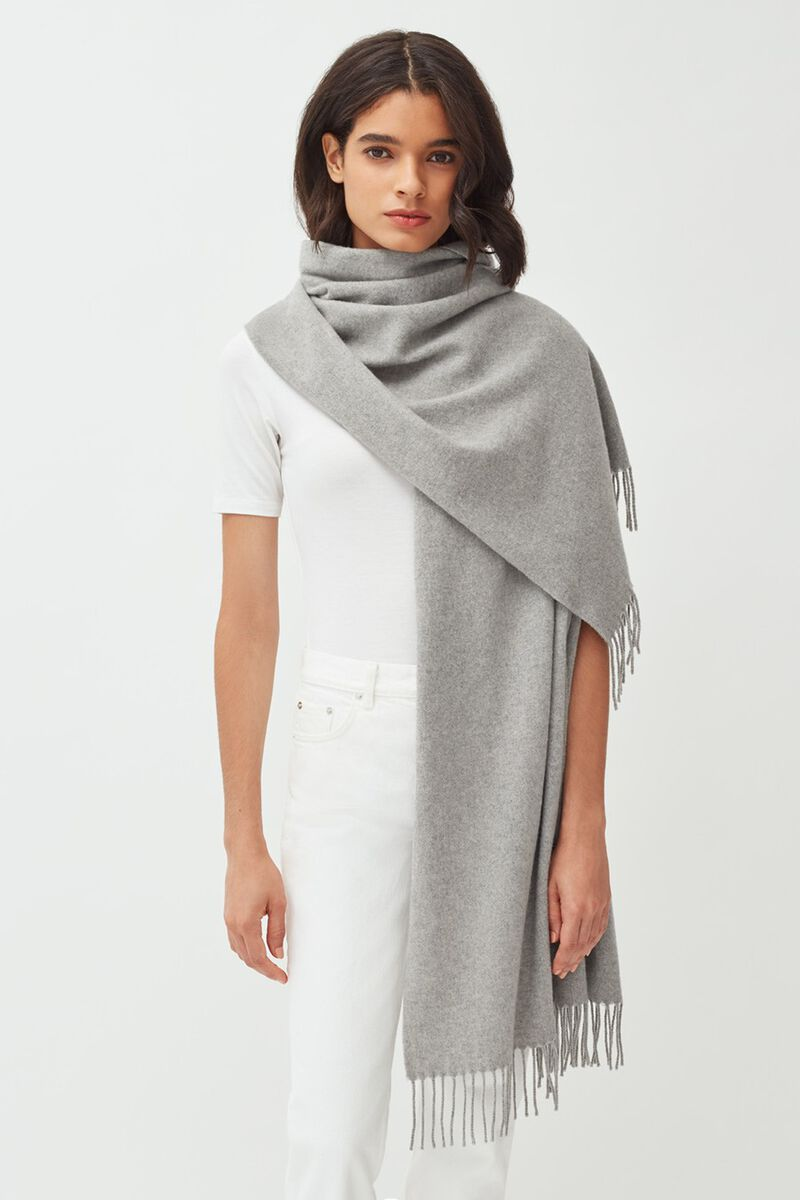 Oversized Cashmere Scarf in Light Heather Grey