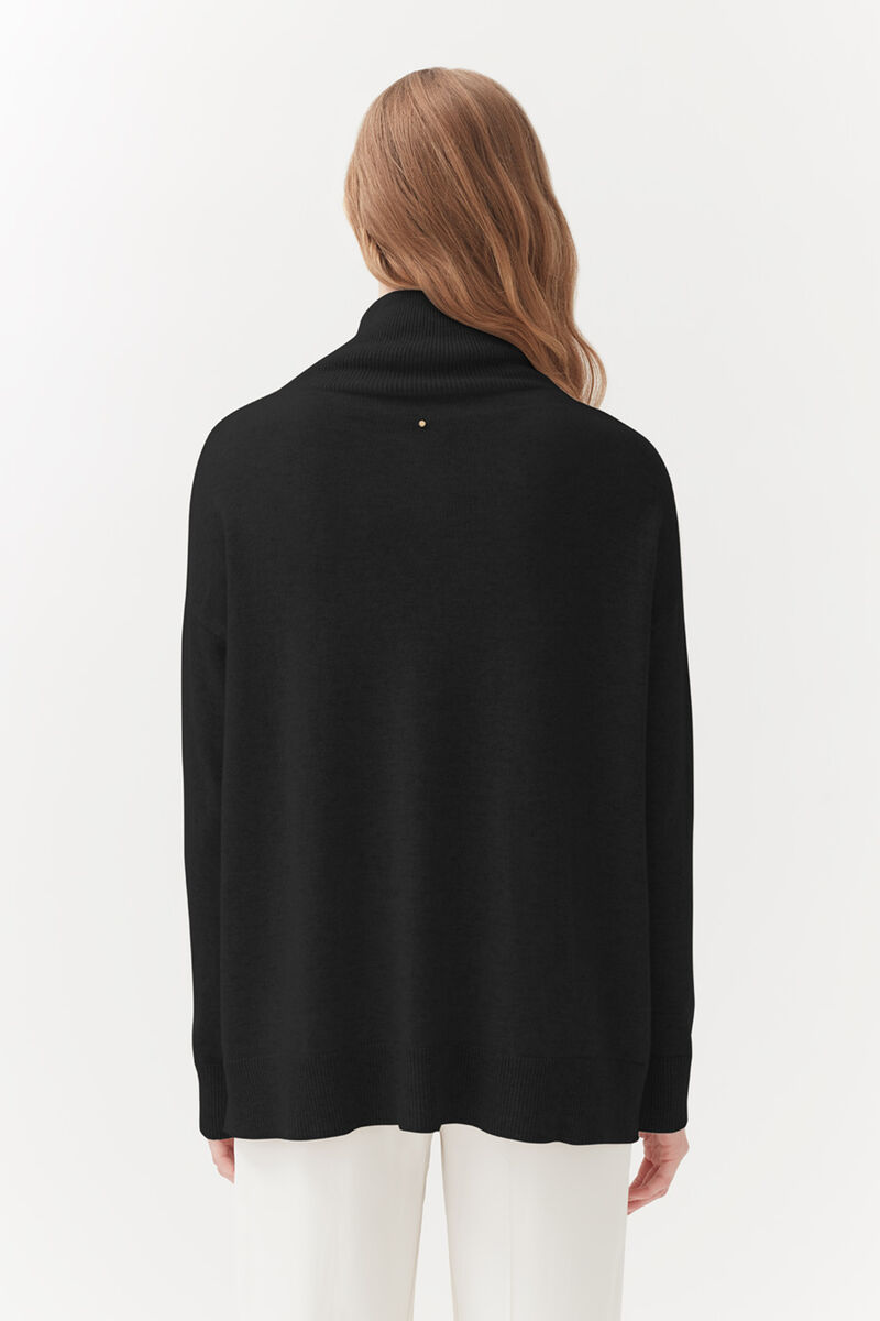 Cashmere Mock Neck Sweater in Black