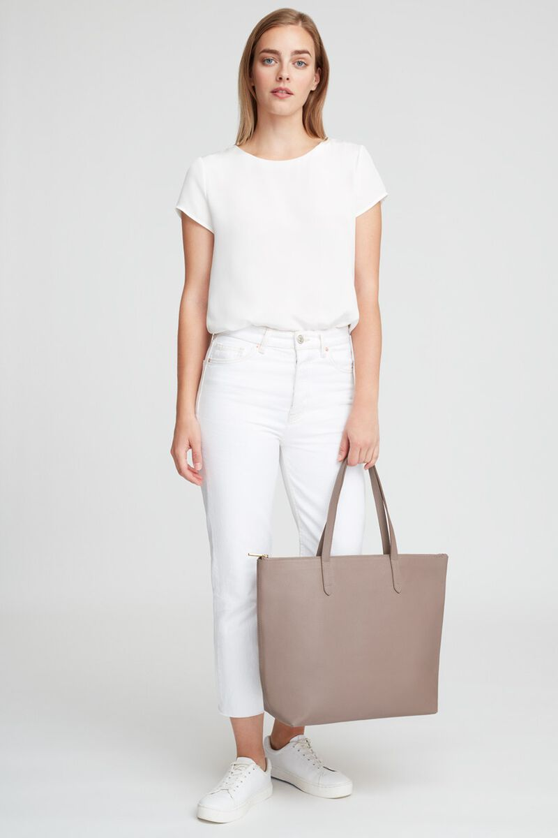 Classic Leather Zipper Tote in Stone