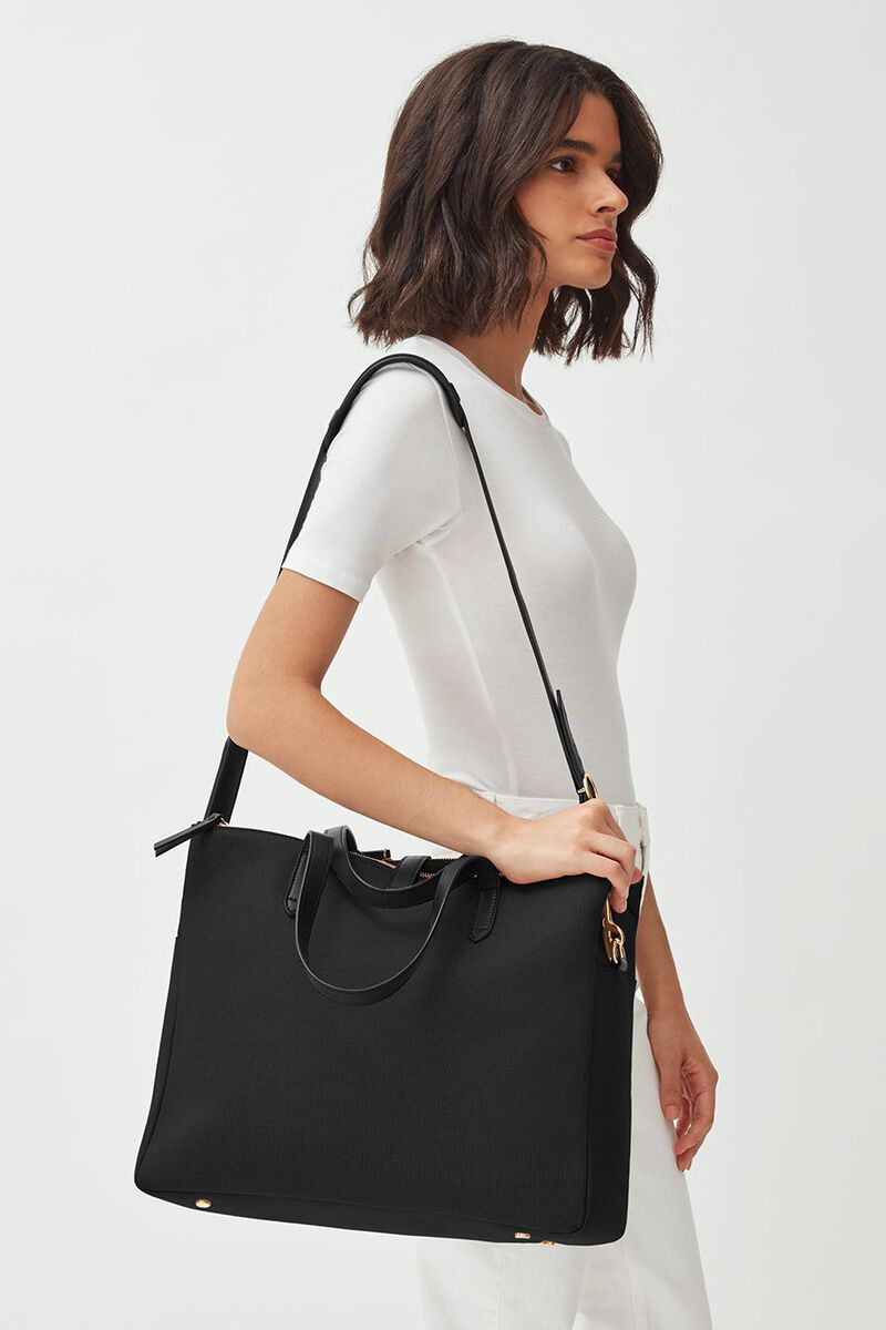 Triple Zipper Overnight in Black/Black