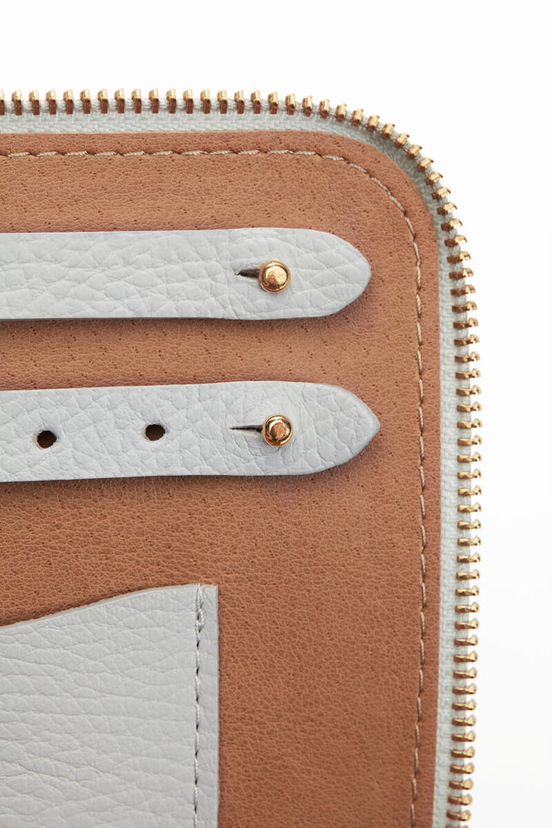 Leather Jewelry Case in Pearl Grey