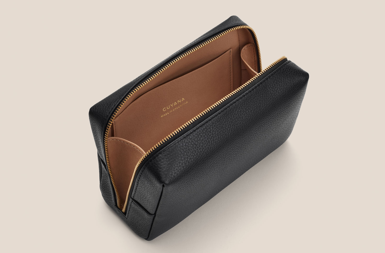 Cuyana Vanity Case interior with gussets for easy access
