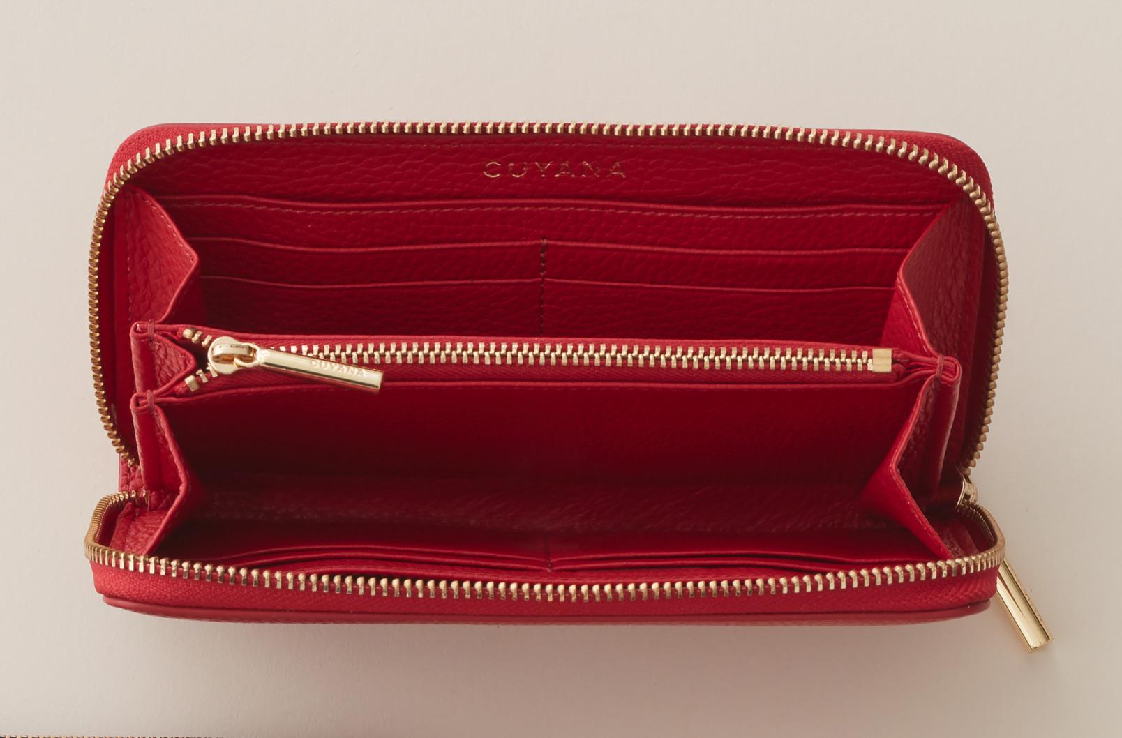Cuyana Classic Zip Around Wallet interior image