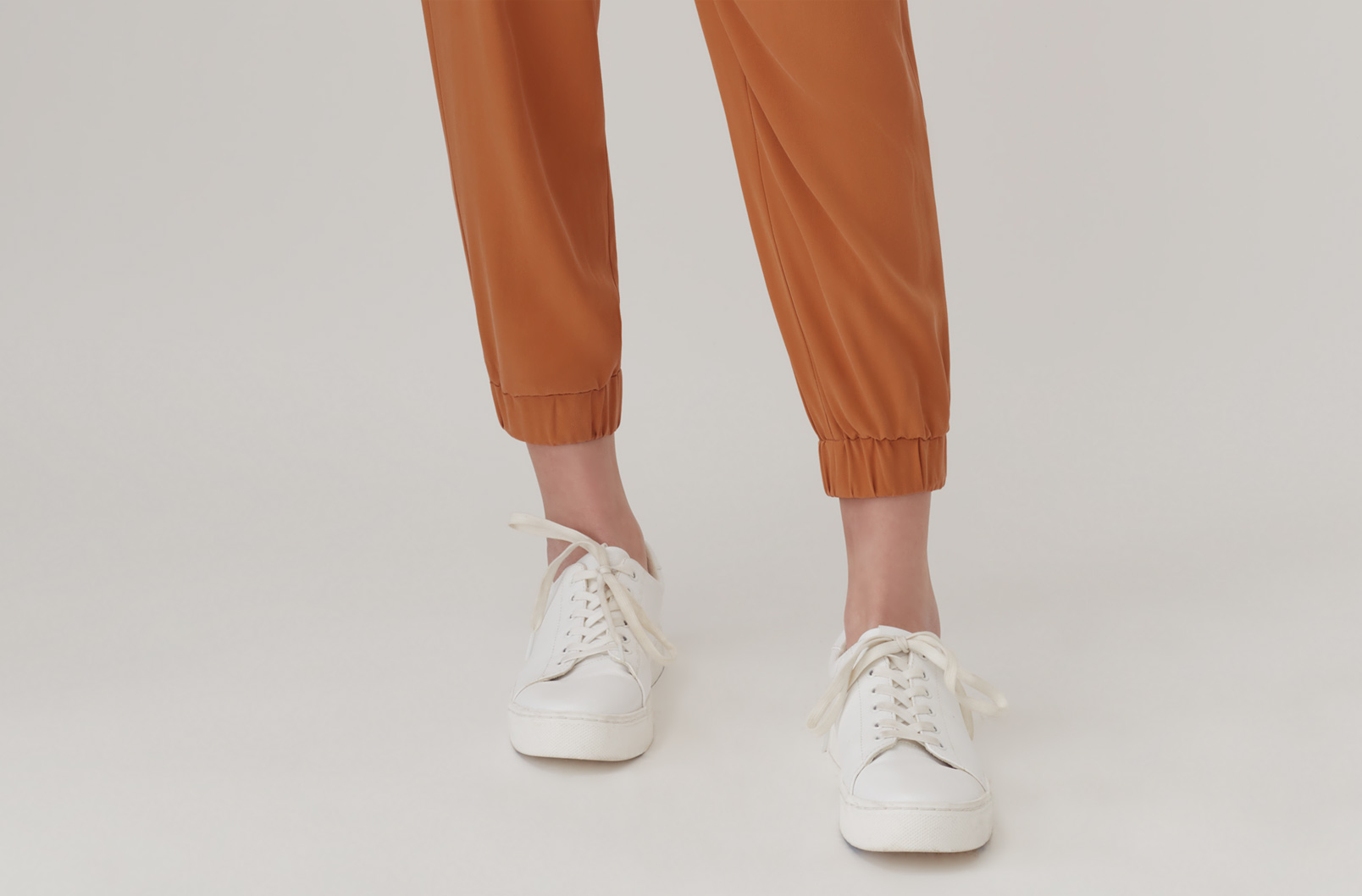 Washable Silk Jogger Detail